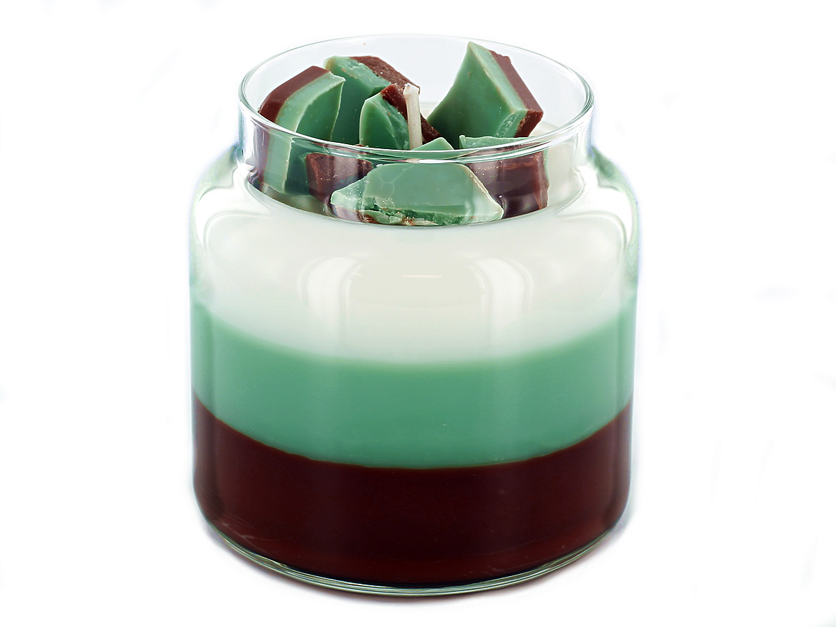 Learn how to make layered chocolate mint candles.