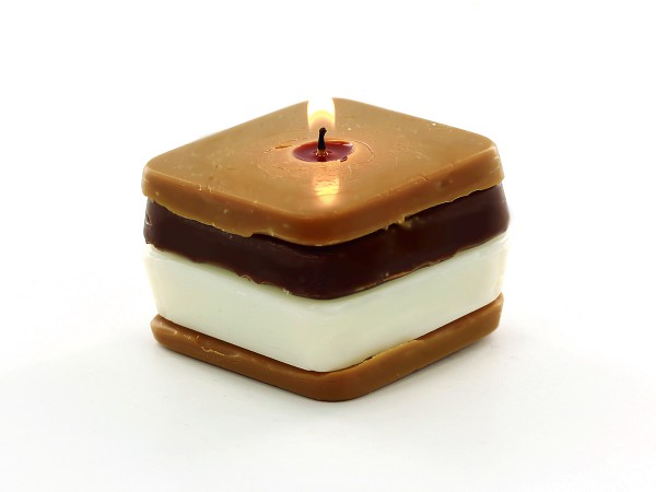 Bring the yummy camping treat right into your home by making your own S'mores Candles!